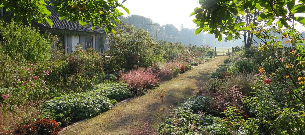 Gardens at Niederrhein VillertheGardenIntroSlider3